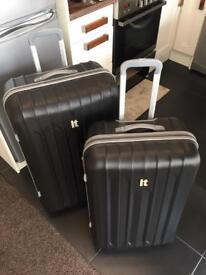 IT Suitcase Set Large and Medium in Black Hard Shell luggage