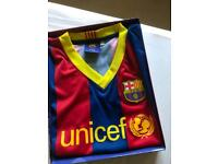 Original Barcelona Messi shirt Age 8-10 yrs