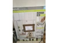 Brand new Lindam stair gate for sale