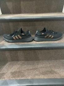 Mens adidas trainer size 10
