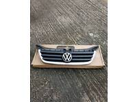 VW Touran front grill