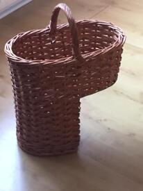 Stair basket Honey willow