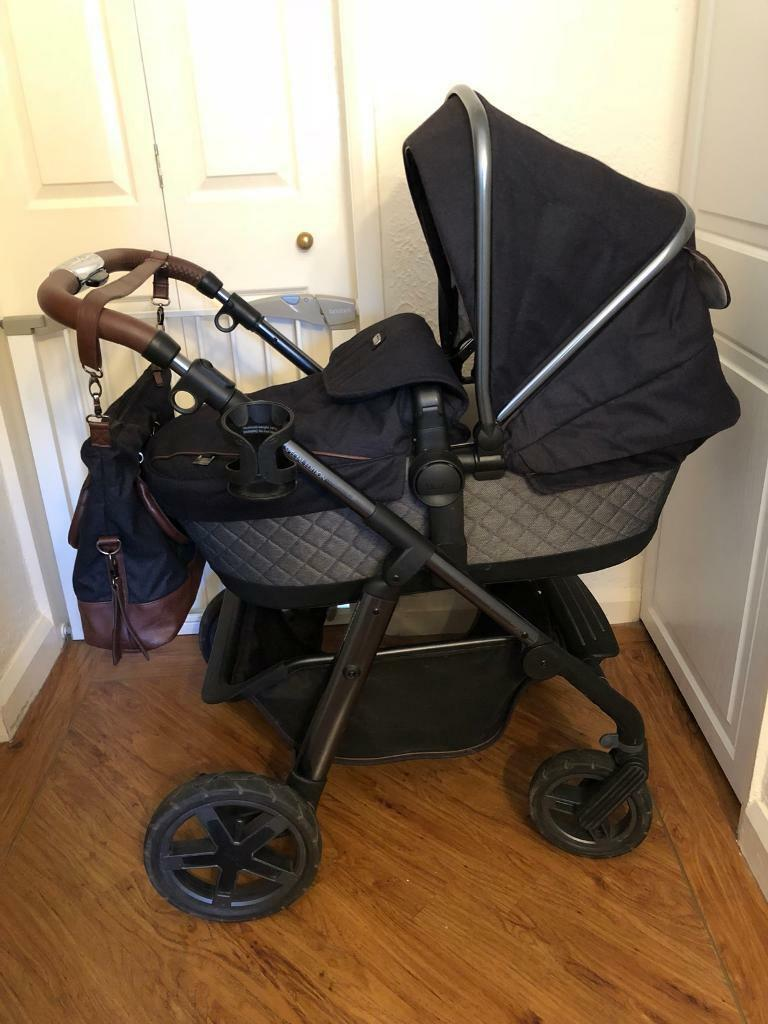 Silver Cross Henley Pioneer 163 350 With Car Seat 163 400