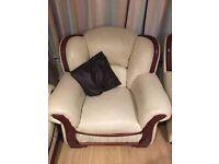 Cream 3 Piece Sofa Set *Excellent Condition*