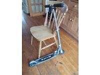 Micro speed Micro scooter silver, suit child teen 12+ yrs great condition