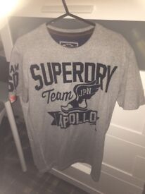 Superdry Top Size Small