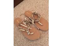 Accessorise sandals