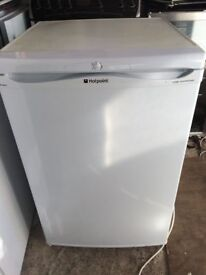 **HOTPOINT**UNDERCOUNTER FRIDGE**ONLY £70**GOOD CONDITION**COLLECTION\DELIVERY**NO OFFERS !!!**