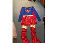 Size M, super women outfit never worn