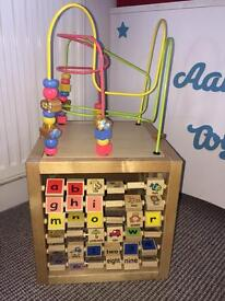 Sensory play cube