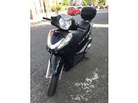 Honda sh300 2013 black. Serviced with new Mot.