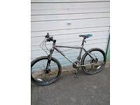 Raliegh Mountain Bike MTRAX 24 speed MTB