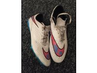 Men's size 9 Nike Magista Football Boots. £20 collection only.