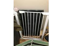 Cuggl Pressure Fit Safety Baby Gate