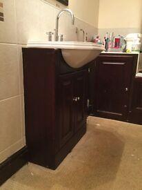 Traditional Vanity suite