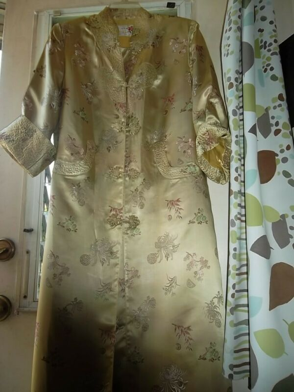 VINTAGE GOLD PEONY SHANGHAI ROBE EMBROIDERED SIZE 38