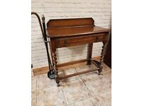 Entrance hall/ cloakroom table