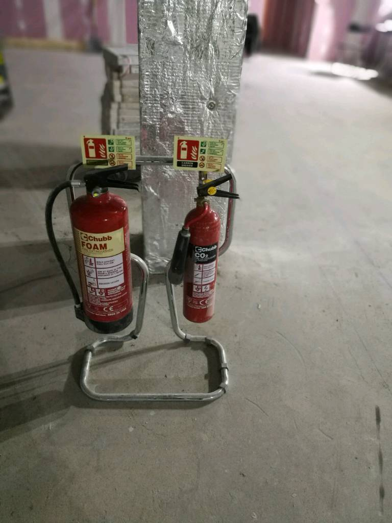 Chubb fire extinguishers 2 kg co2 and 6 litre foam with chrome stand