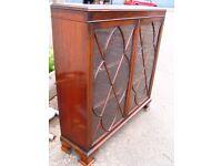 Georgian mahogany bookcase - glazed cupboard with astragal doors c.1900-1920