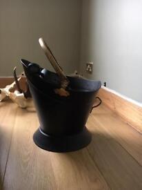 Coal scuttle / bucket / log storage