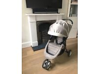 Baby pram, Brand Baby Jogger, great condition, light in weight,super practical, easy to fold,