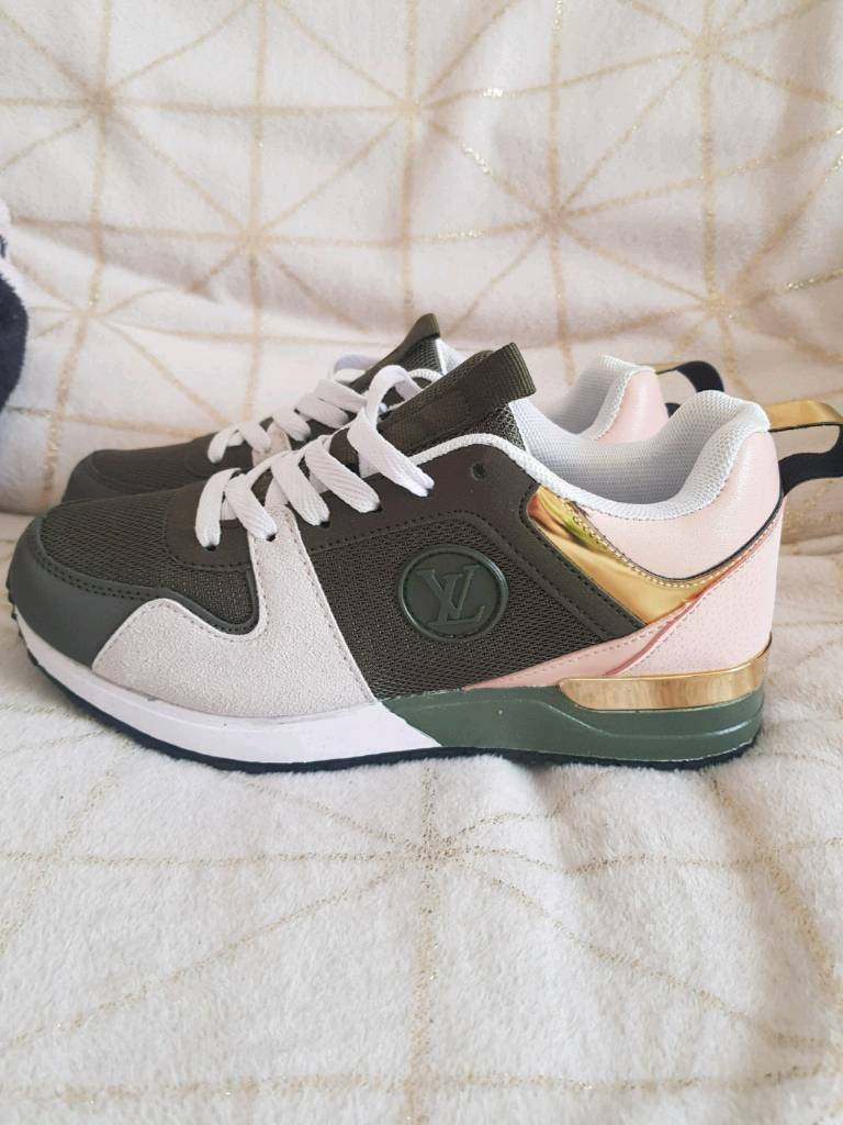 57bb2f9dbef2 Women Trainers Louis Vuitton. Newport £60.00