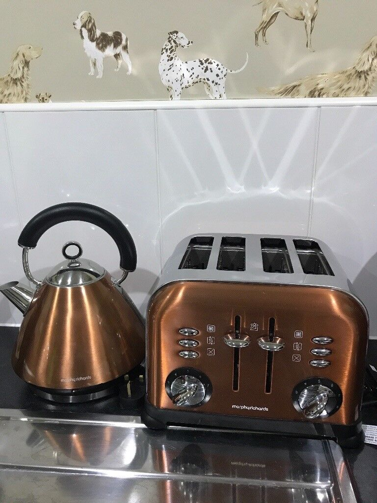 Copper MORPHY RICHARDS matching Kettle and 4 slice Toaster