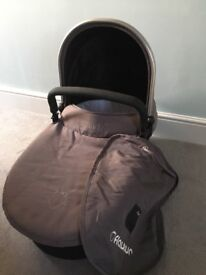 iCandy Strawberry 1 Carrycot - with grey colour pack - £25