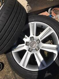 Oiginal Audi A4 8K 17-inch Alloy wheels with Tyres