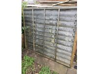 9 x Fences used but in good condition. 5 x 6 foot