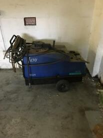 Alto top of the range industrial hot pressure washer for sale.
