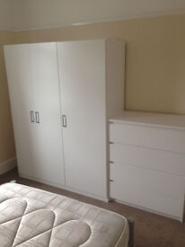 Single Occupancy Room - Furnished, Shared Kitchen & Two Bathrooms, Bills Included