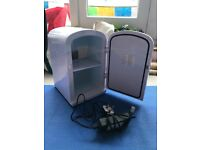 6 Litre Mini Fridge (thermoelectric cooler and heater)