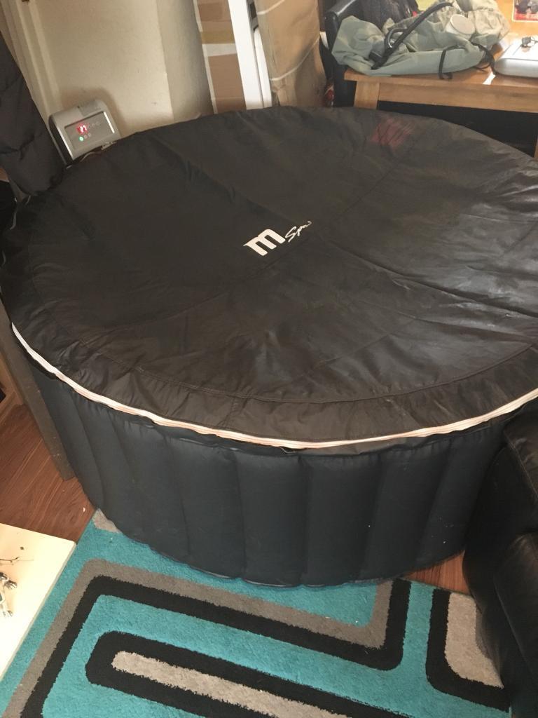 Silver cloud mspa m-011Ls brand new hot tub