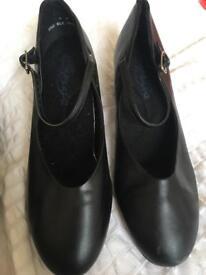 Capezio Dance character shoes (size 6)