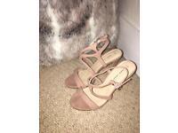 New look nude heels Size 4
