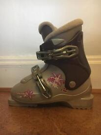 Child ski boots
