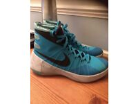 Nike Hyperdunk basketball boots. UK size 8.5. 4 months old. Rapid foot growth forces sale. Maldon.