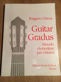 Guitar Gradus - Beginner's Book for learning guitar, written in Italian