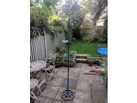 Garden bird feeding station