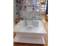 GLASS AND WOOD PYRAMID SHAPED RETAIL DISPLAY