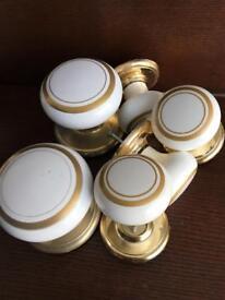 Porcelain Internal Door Knobs