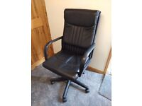 Office chair,in very good condition
