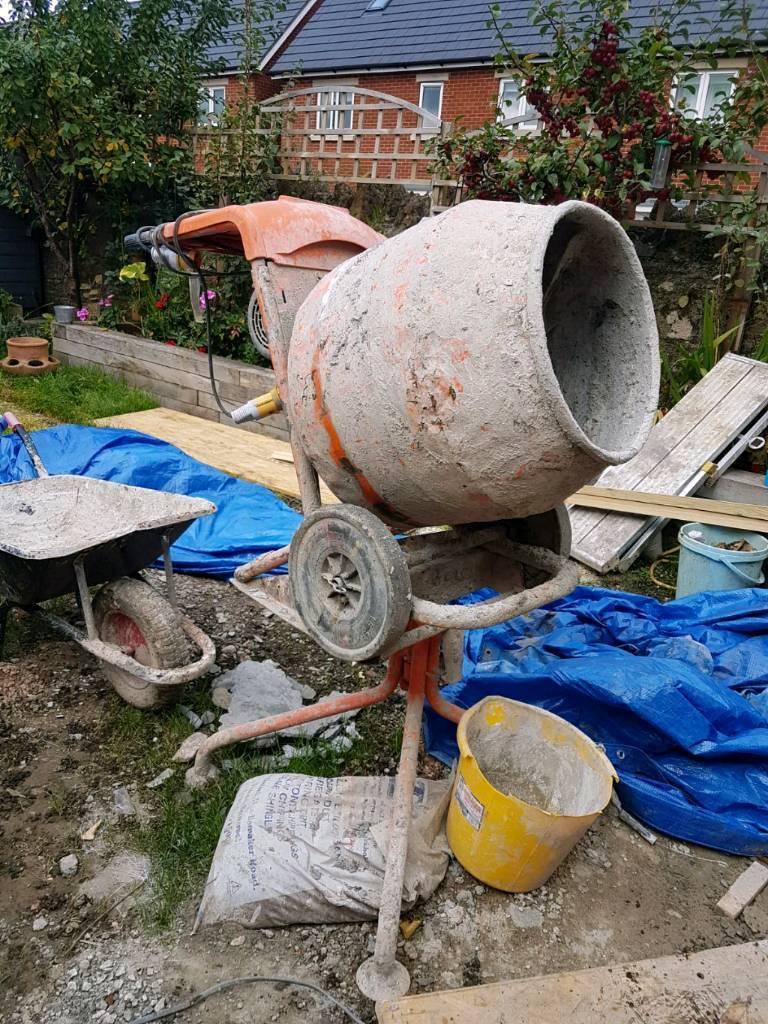 cement mixer concrete £100 ono