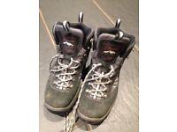 Berghaus Walking Boots, grey/black, size UK 6 1/2
