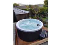 HOT TUB, NEW YEARS SALE, H20 1000 SERIES £3999 SAVE £1000 PLUS FREE DELIVERY AND SETUP