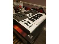 M audio axiom air 25 midi controller