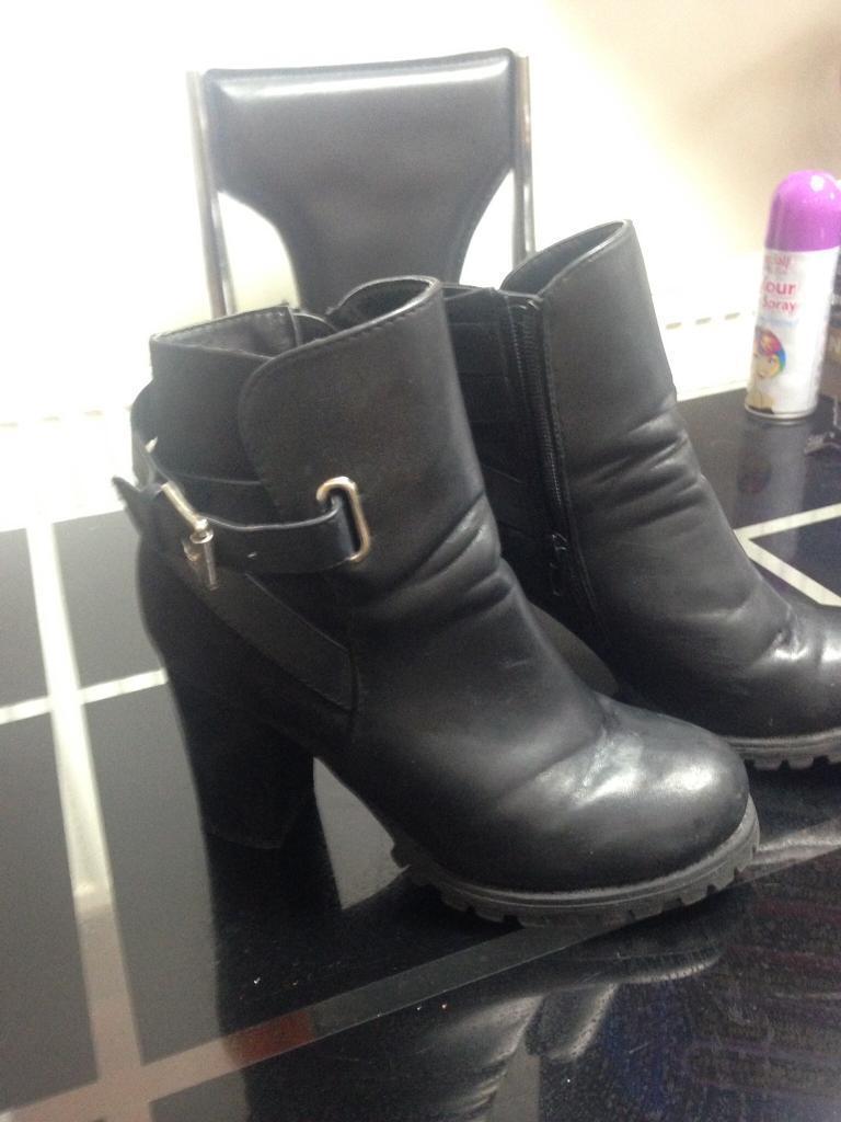 Boot heel bundle all size 5