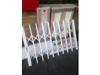 Security blinds around 900 by 1100 5 sets brand new with all keys looking to sell as a job lot