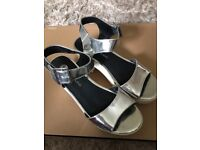 River Island heeled sandals , white and silver , size 5, only worn once, excellent condition